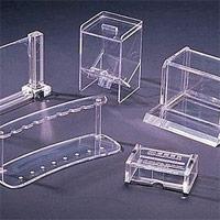 Plexiglass piegato
